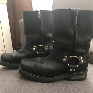 Men's Ariat leather motorcycle boots, size 11